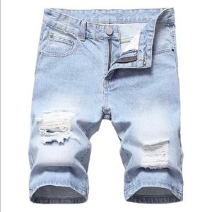 NEW Men's Light Wash Distressed Jean Shorts